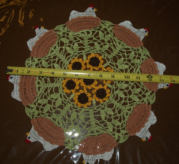 Hen On Nest And Sunflower Doily Pattern