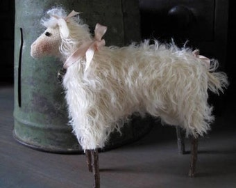 Primitive Spring Mohair Lamb E-PATTERN by cheswickcompany