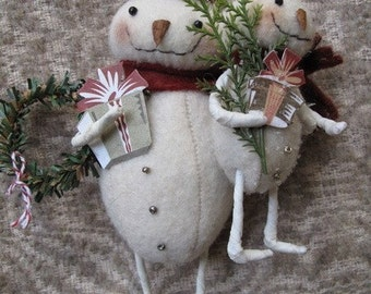 Snowmama and Baby Christmas Ornament E-PATTERN by cheswickcompany