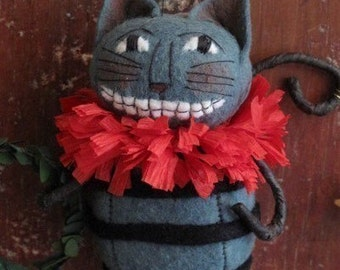KIT Cheshire Cat Ornament Alice in Wonderland by cheswickcompany