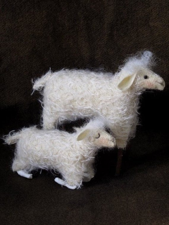 E-PATTERN Mama Sheep and Baby Second in the Manger Series for Nativity 2011 by cheswickcompany