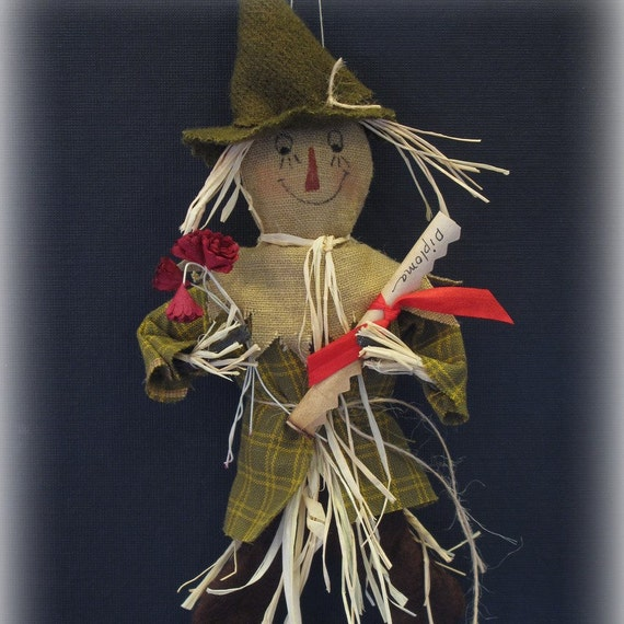 The Scarecrow E-PATTERN  Second in the Wizard of Oz Ornament Series by cheswickcompany