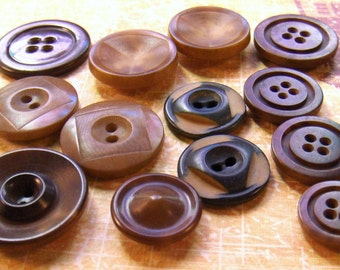 Vintage Buttons Vegetable Ivory Tagua Nut Collection of Thirteen Buttons - epsteam vestiesteam thebestvintage
