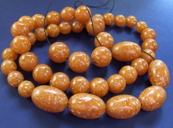Vintage Loose Beads Speckled 45 Funky Cinnamon Toffee Colored Plastic - epsteam vestiesteam thebestvintage