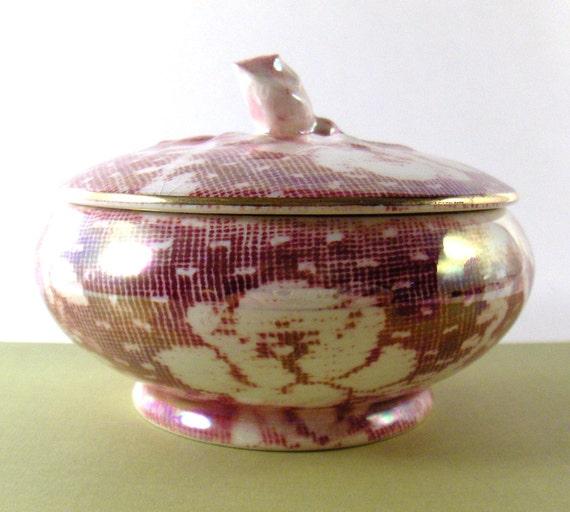 Vintage Royal Winton Grimwades Brocade Covered Bowl Made in England - epsteam vestiesteam thebestvintage