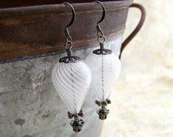 White Hot Air Balloon Earrings - Steampunk balloon earrings in blown glass and gunmetal  - Wedding Jewelry - Dangle earrings