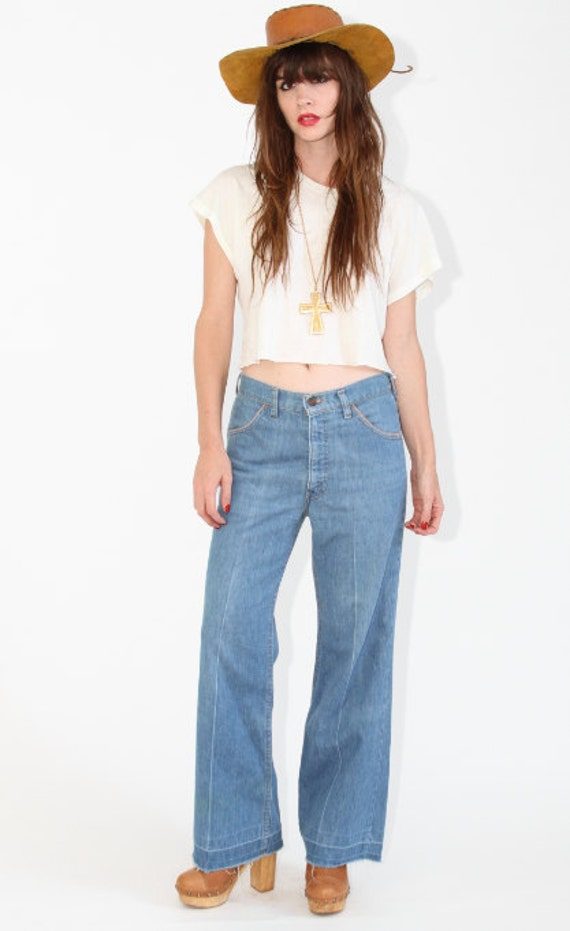 Levis bell bottom jeans