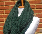 chunky cowl scarf,chunky scarf cowl,cowl chunky scarf,cowl scarf chunky,scarve scarf,crochet cowl scarf,Green scarf(Choose any color below)
