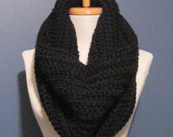 A Beautiful thick soft warm black Scarf cowl neckwrap neck warmer
