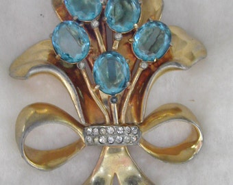 Large Vintage 1940's Blue Rhinestone Bouquet Brooch
