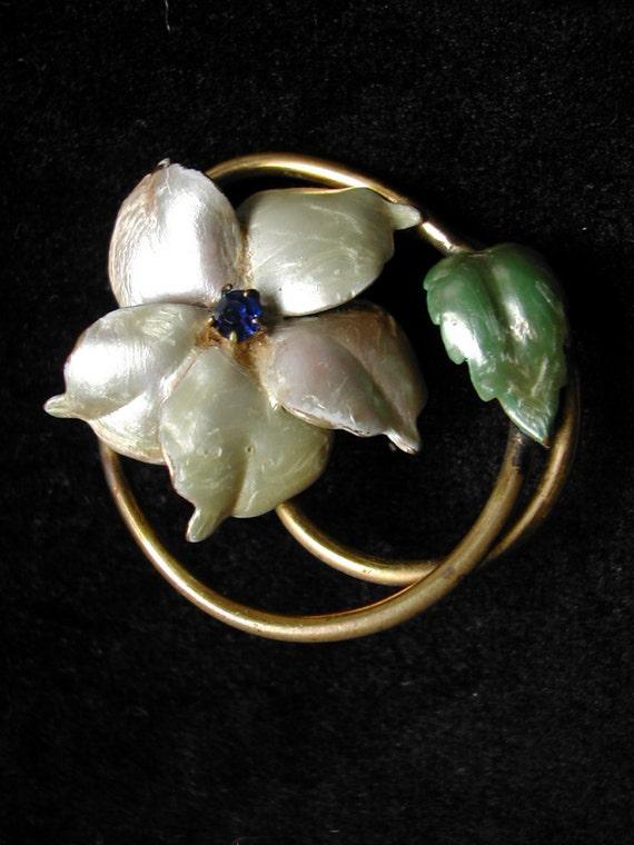 Vintage Enameled Flower Brooch Pin
