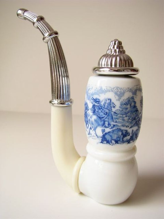 Price Reduced Vintage Avon Dutch Pipe Decanter White And Blue