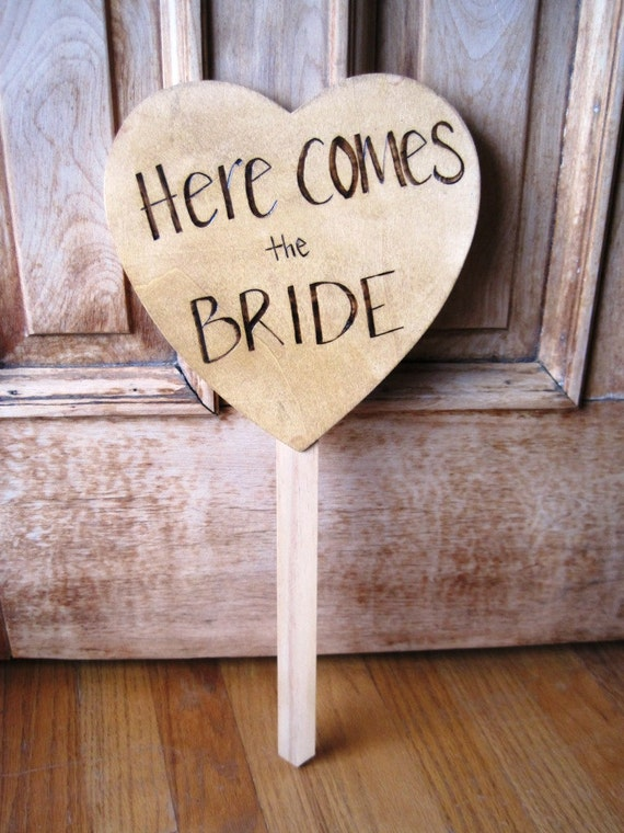 Here Comes The Bride Sign On Small Fence Post