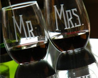 Gift for Couple - 21 oz MR & MRS Stemless Wine Glasses, Set of 2