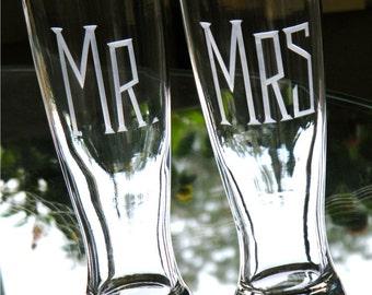 Hand Engraved MR & MRS Pilsner Glasses -Set of 2