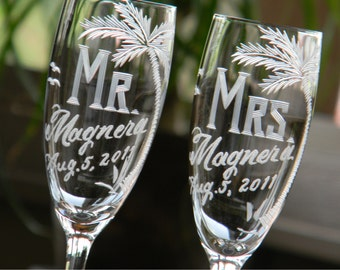 Personalized Mr and Mrs Champagne Toasting Flutes for bride and groom's beach theme destination wedding, Set of 2
