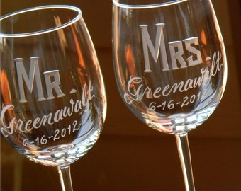 Engraved Personalized Mr & Mrs Wine Glasses, Set of 2
