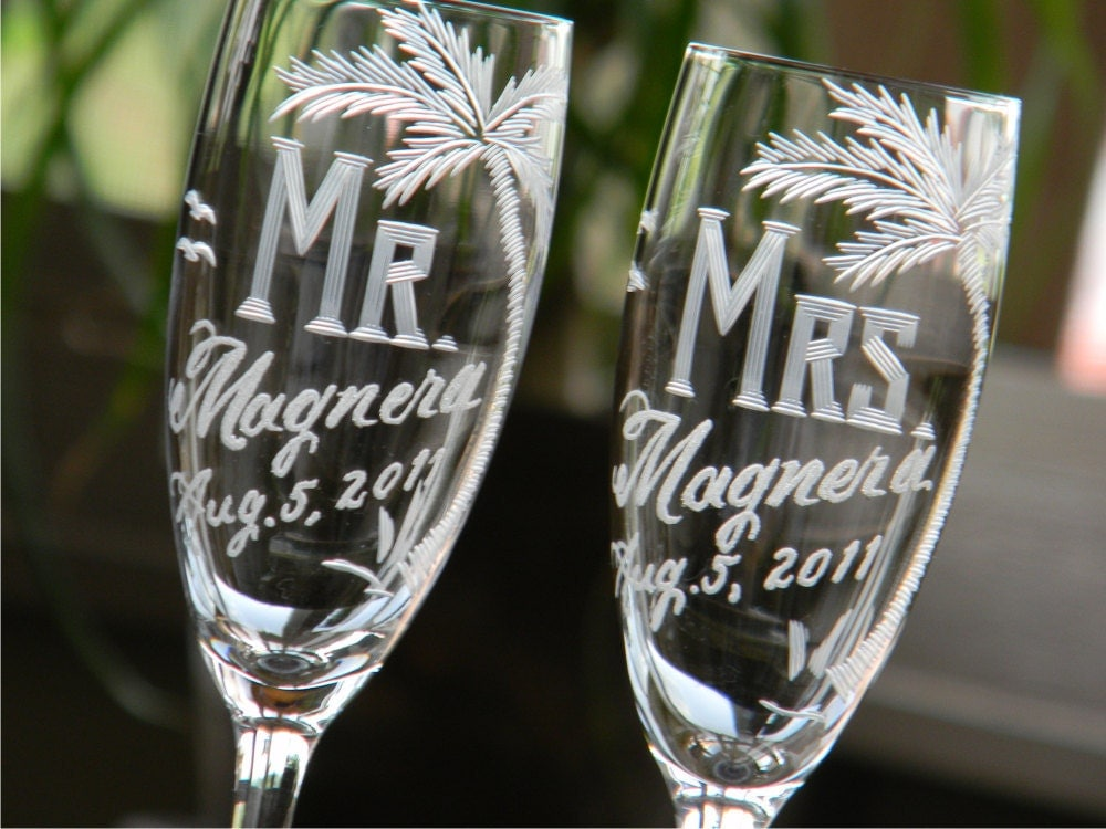 personalized mr and mrs champagne toasting flutes for bride
