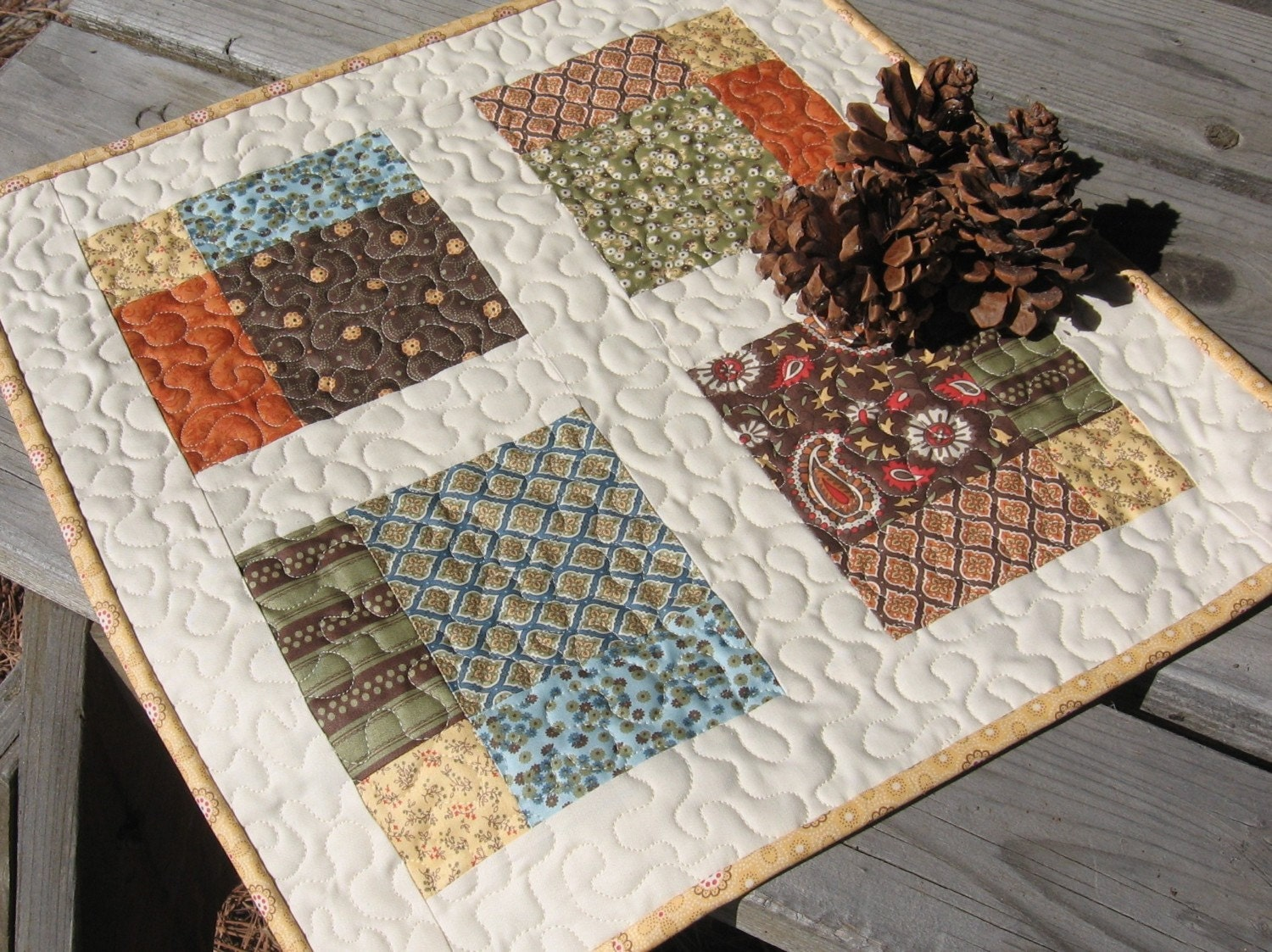 Pdf pattern four square table topper quilt for Table design patterns