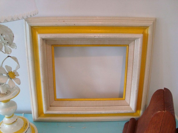 Vintage ChUnKy Wood Canary Yellow and Cream 8x10 Picture Frame