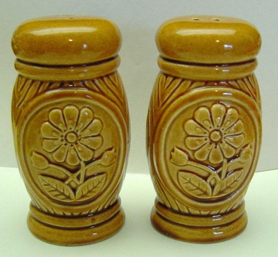 Items Similar To Vintage Salt Pepper Shakers Funky Retro