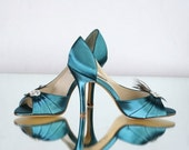 Peacock Shoe - Teal - Gatsby Wedding - Roaring Twenties Wedding -  Art Deco Wedding -  Choose From Over 200 Colors - Choose Your Heel Height
