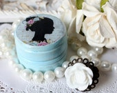 Cottage Chic Ring Box with Resin Flower Ring