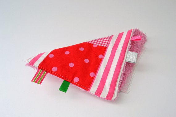 bright pink patchwork burp cloth - patchwork taggie - baby girl - babyshower gift - green and pink - SALE