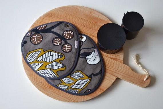 taupe grey floral potholders - modern kitchen - made to order - ostat