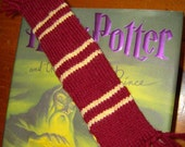 House Colors Bookscarf