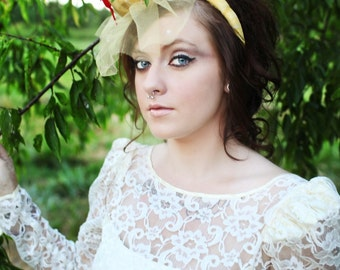 Ava// Romantic Handmade Mini-Hat/Vintage Style Fascinator Headband