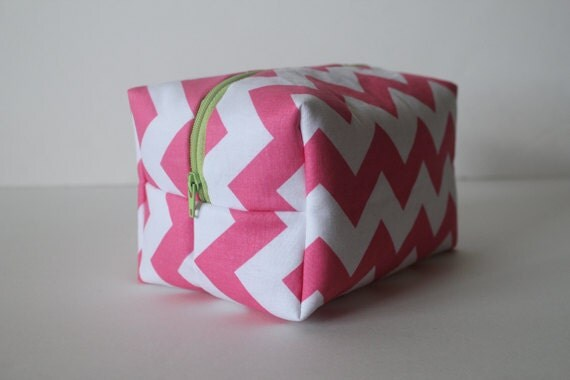 SALE make up bag / cosmetic case / toiletry bag -- pink chevron