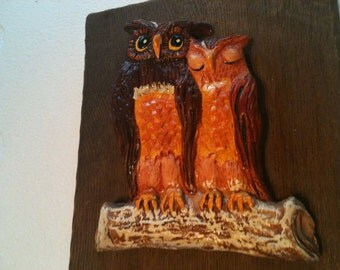 Vintage Wooden Wall Plaque with Ceramic Owls