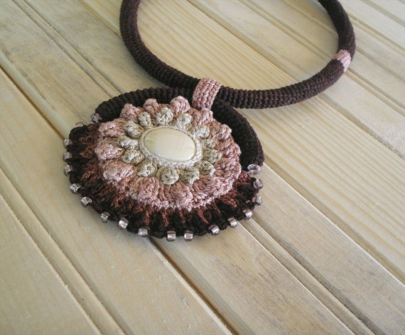 Crochet Necklace Wild Child Tribal Trend Brown Silver Peony