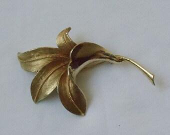 Vintage Coro Floral Leaves Brooch