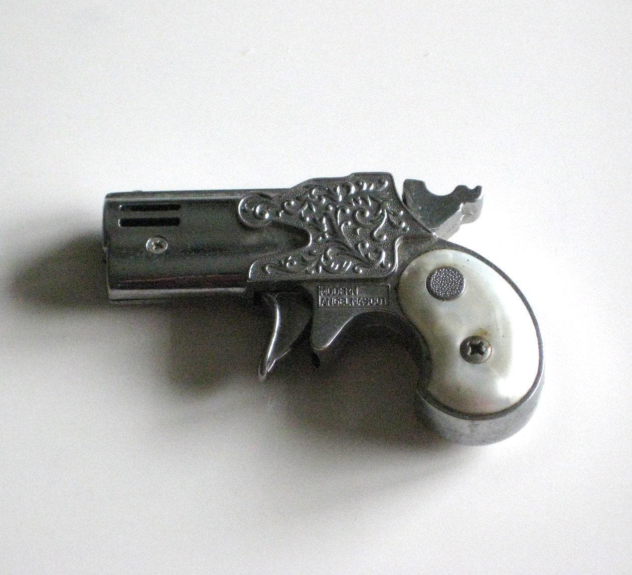 Vintage Derringer Gun Butane Lighter