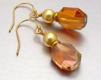 14kt GF Swarovski Crystal and Pearl Earring
