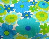 V16 Vintage Sheet Fat Quarter Blue Green Flowers FQ