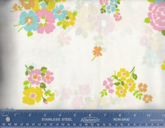V07 Vintage Sheet Fat Quarter Floral Pink Blue Yellow Flowers  FQ Fabric