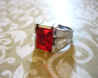 Vintage Sterling Silver Ring with Red Stone