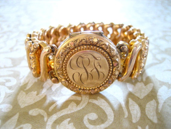 Vintage LOCKET Gold Filled Sweetheart Expandable Bracelet 1940s