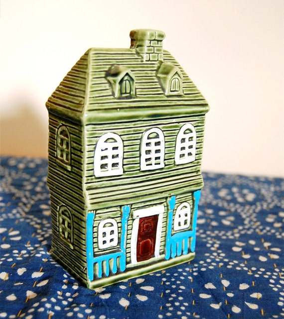 Vintage Ceramic House Home Village Bank