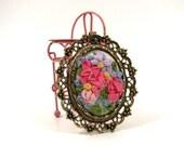 Vintage Ribbon Flower Brooch or Pendant