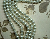 Beautiful Vintage Art Deco Multistrand Pearl Bracelet