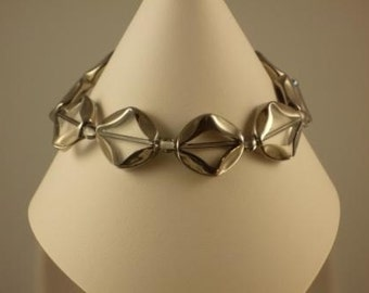 Clear bicone windowpane glass bead bracelet