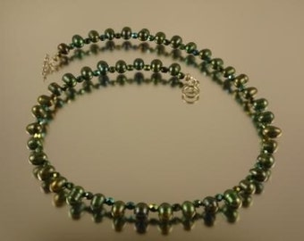 Gunmetal Green Rice Pearl Necklace