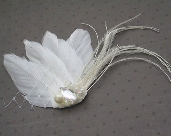 Wedding Feather Hair Accessory, Feather Fascinator, Bridal, Hair PIece, Small, White, Feather, Hair clip - WHITE WHISPER