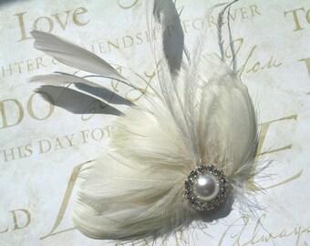 Ivory Wedding hair accessory, Accessories, Feather Hair Clip, Wedding Hair Piece, facinators, Peacockpixys - IVORY DREAM