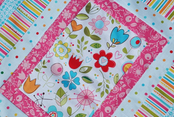 Riley Blake, Sunny Happy Skies. COUTURE Baby Stroller Quilt. 30x34 QUILTED