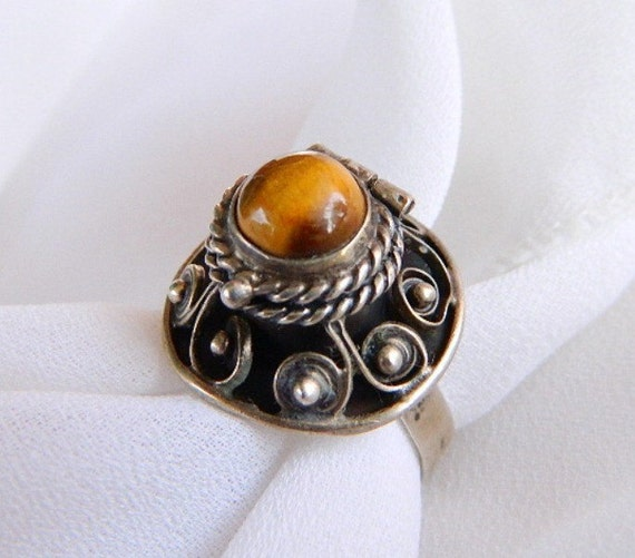 Vintage MEXICO Sterling Silver & Tiger's Eye Poison Ring - Snuff Ring - SIGNED - 1940 - Adjustable